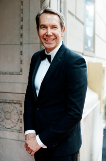 https://hauteliving.com/2016/12/jeff-koons-on-life-art-and-reaching-your-full-potential/625849/