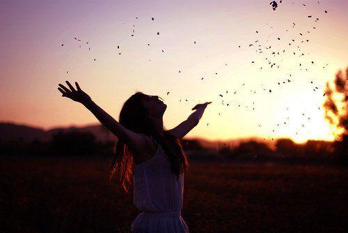 https://www.okchicas.com/inspiracion/situaciones-aprender-dejar-atras-deseas-ser-feliz/