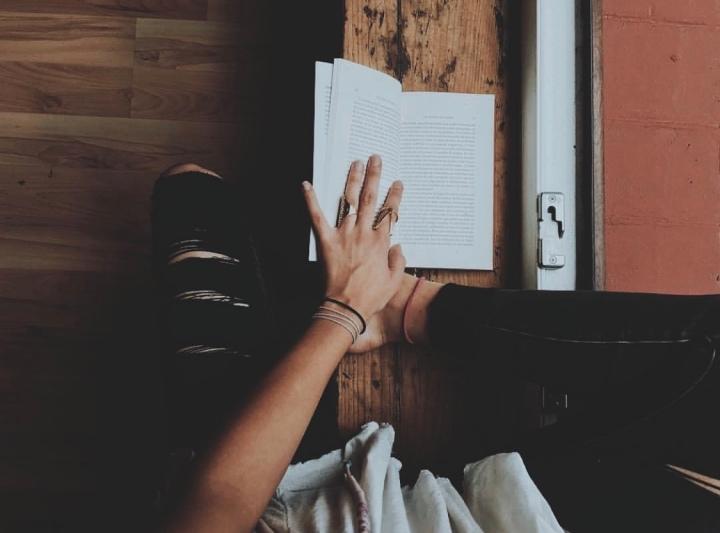 10 libros que toda mujer debería tener en sulibrero